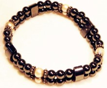 Magnetic Bracelet double with 8 Creme Magnetic Beads and 16 pieces Sterling Silver