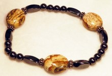 Magnetic Bracelet. Oval Picture Jasper x 3, Sterling Silver x 6, twists and 6mm rounds.